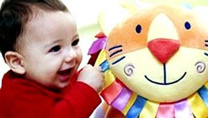 Физическое развитие ребенка 7-9 месяцев