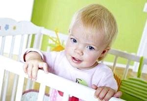 Как приучить ребенка спокойно реагировать на уход мамы.