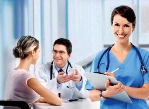 Каких врачей должна посетить женщина после рождения ребенка