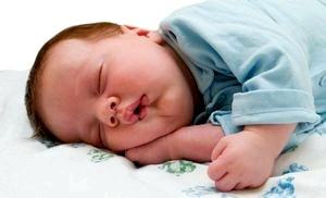 Всё о врожденных рефлексах малыша